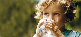 Kiek kūdikiui duoti vandens