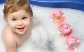 Kūdikio maudymas