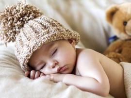 Kūdikio miegas ant pilvo ir nugaros