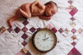 Kūdikio valgymas tris kartus per dieną