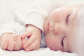 Kūdikis krūpčioja