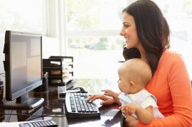 Susikurti interneto svetainę ir dirbti iš namų - kiekvienos mamos svajonė