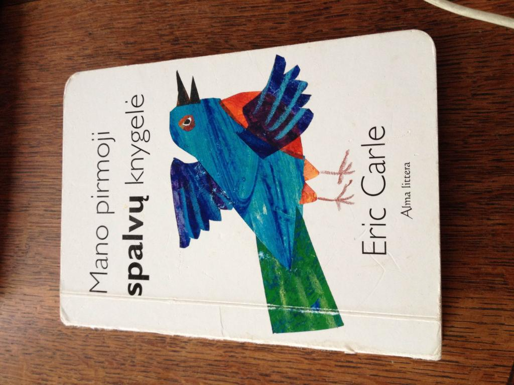"""Knygelė """"mano pirmoji spalvų knygelė"""""""
