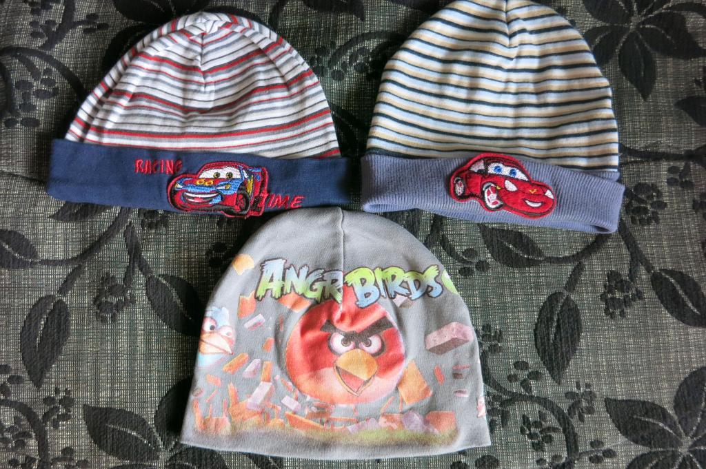 Įvairios kepurytės berniukui