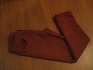 Rudos kelnės