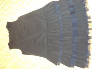 Mėlyna berankovė suknelė