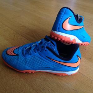 Nike futbolo batai