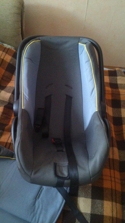 Automobiline kėdutė
