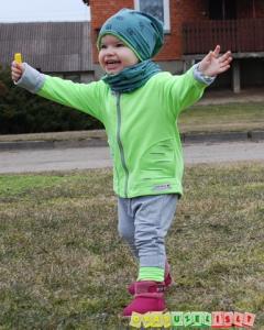 Komplektukas su sportinėmis kelnytėmis vaikui, 597