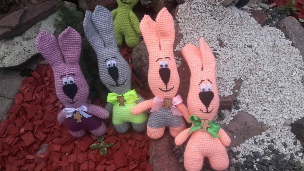 Rankomis megzti zuikuciai