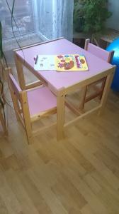 Staliukas su kėdute
