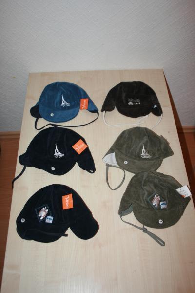 Berniukiškos pavasirinės/rudeninės kepurytės