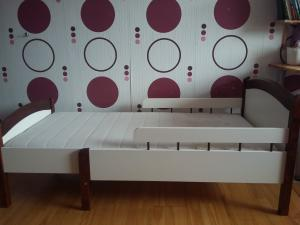 Lovytė - lova