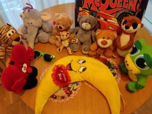 Įvairūs minkšti žaislai