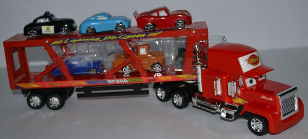 Tralas su mašinėlėmis cars