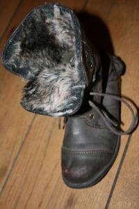 Tamsiai rudi pavasariniai batai dydis 30