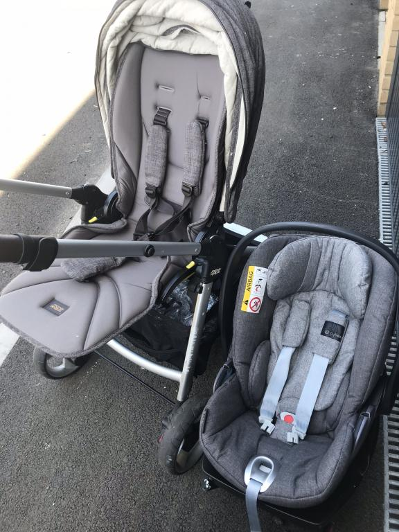 Armadillo flip xt travel system