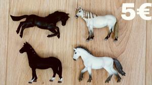 Schleich tvartas,žirgai
