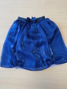 Puošnus sijonas su tiuliu