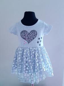 Pilka suknelė su širdelėmis