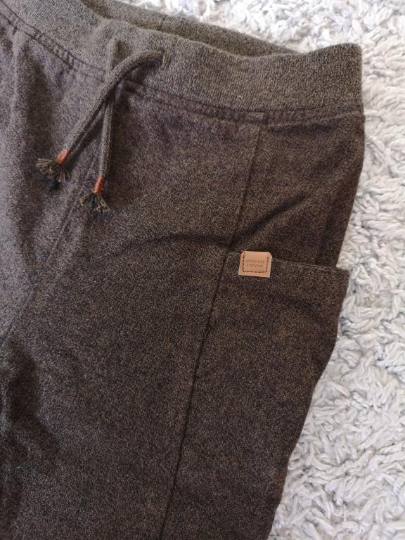Zara kelnės