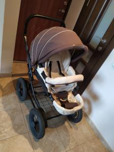Trijų dalių vežimėlis