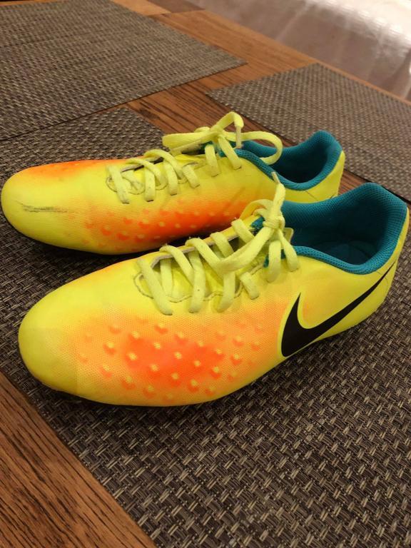 Futbolo bateliai