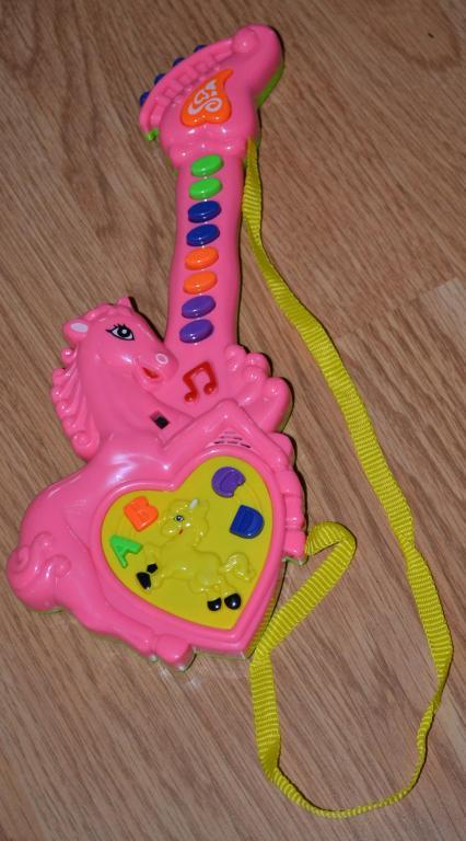Žaislas gitarėlė