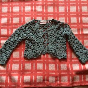 Naujas puošnus megztinukas